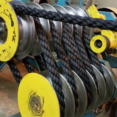 Канат ПП черный кабельт свив д 32 мм – 1